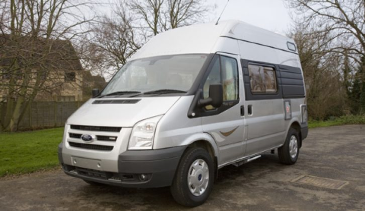 2007 Auto-Sleeper Duetto – front three-quarters view