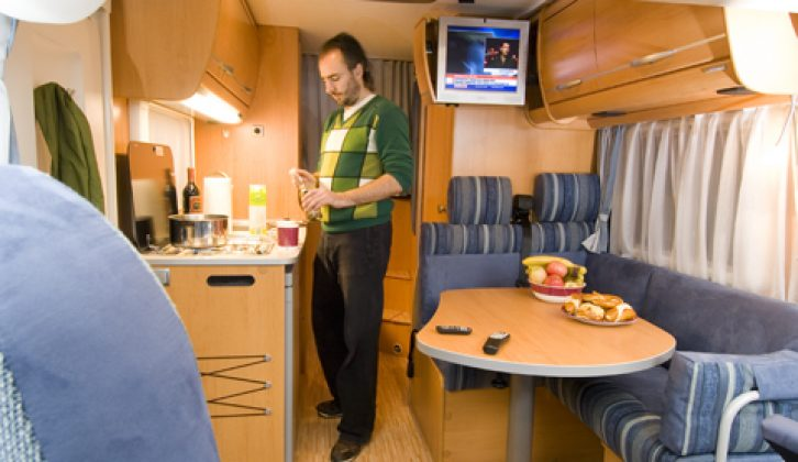 2007 Hymer B504 CL - interior, looking aft from cab