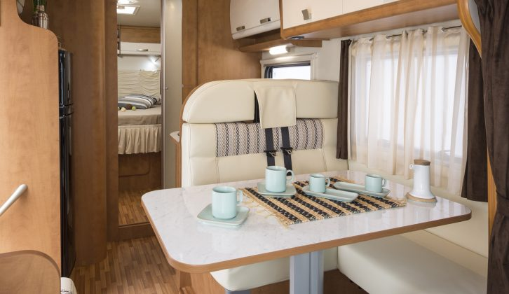 Like its Selena 695G sibling, the 740i has an electrically-operated drop-down bed over the front lounge
