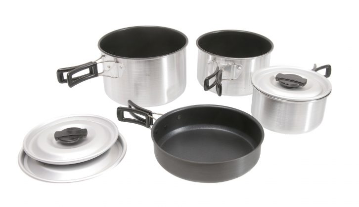 The Kampa Munch family cookset costs £28.99 for three non-stick saucepans and a non-stick frying pan