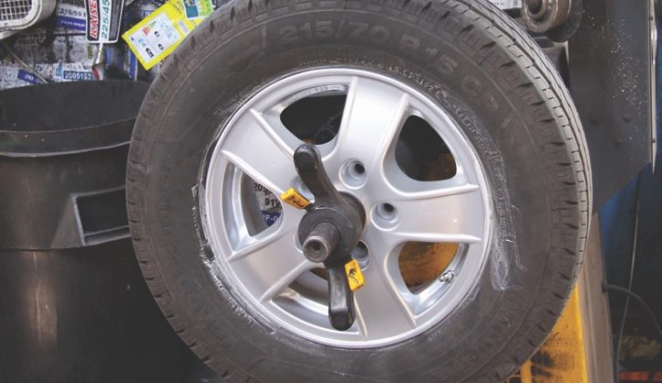 New wheel and tyre must be balanced after ensuring a good seal